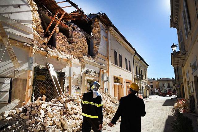 earthquake survival tips